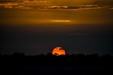 アマゾンの夕陽