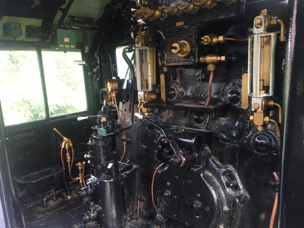 本牧市民公園・蒸気機関車D51運転席