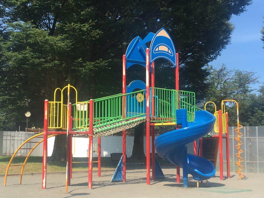 野毛山公園 展望地区 遊具
