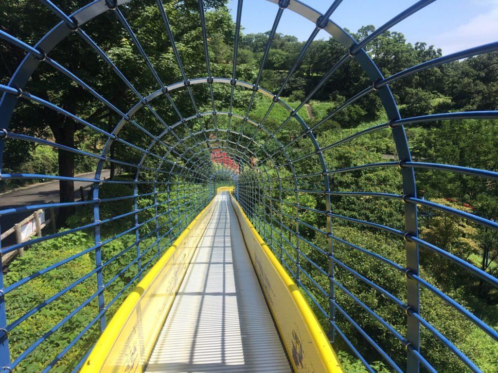 金沢自然公園ロングローラーすべり台