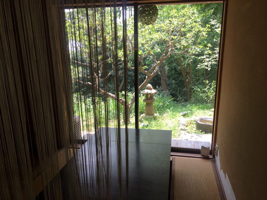 追浜Tsukikoya(ツキコヤ)山の上CAFE 和室