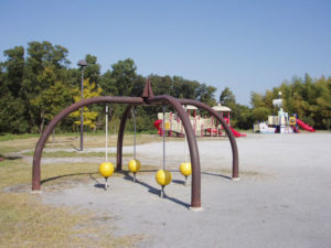 牧野ヶ池緑地公園・南児童園 遊具