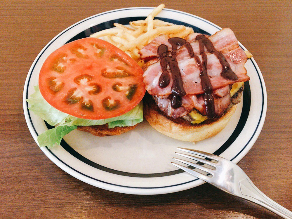 BAYSIDE BASE ハンバーガー
