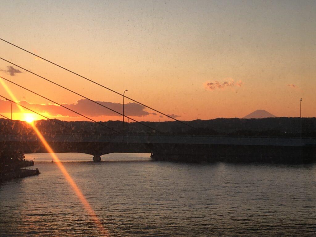 八景島入口から見たサンセット