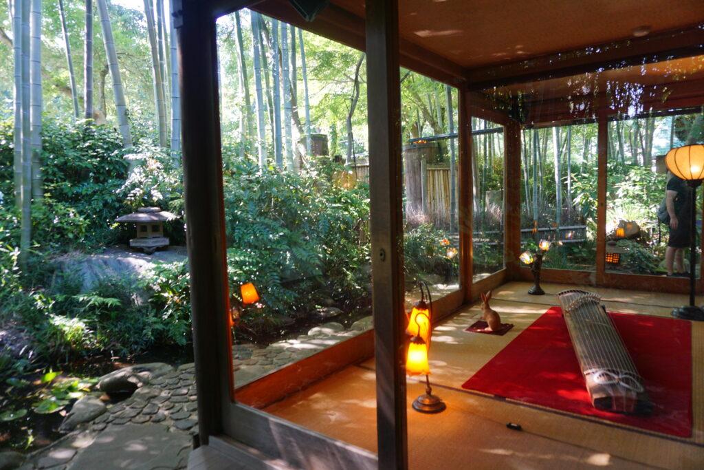 東京小平「いろりの里」琴の部屋